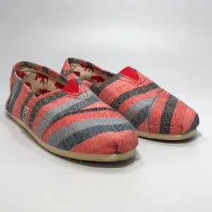 TOMS Women's shoes size 8